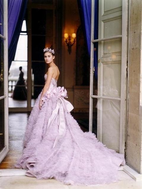 Сиреневое свадебное платье - дизайн модного дома Кристиан Диор